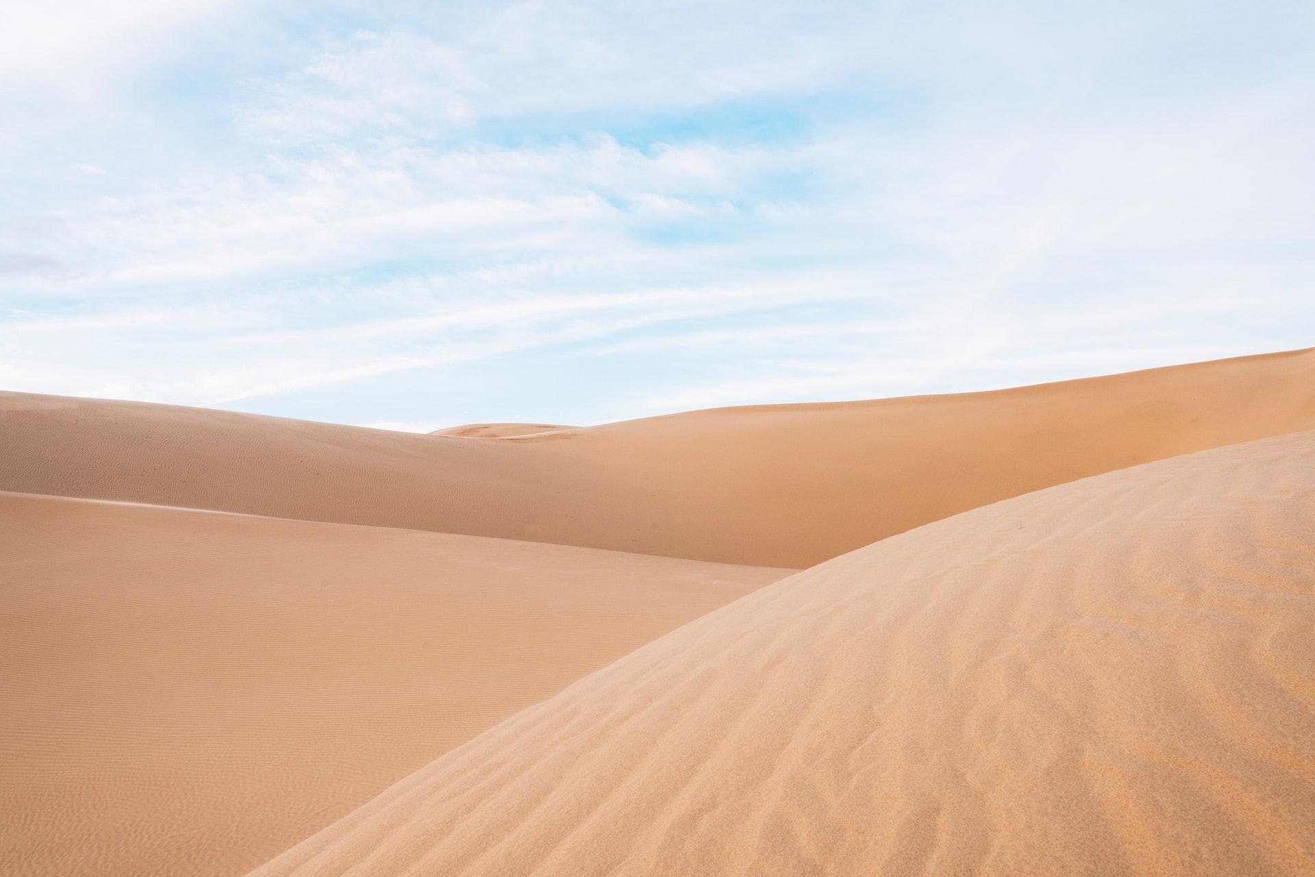 Le sable : un terrain de conduite à bien appréhender